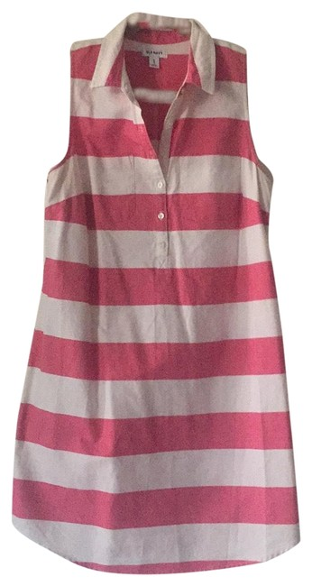 Item - Coral & White Unknown Short Casual Dress Size 8 (M)