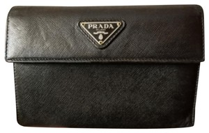 505349b6901f Prada Wallets on Sale - Up to 70% off at Tradesy