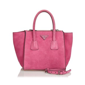 f82ab5f0523817 Pink Leather Prada Bags - 70% - 90% off at Tradesy (Page 3)