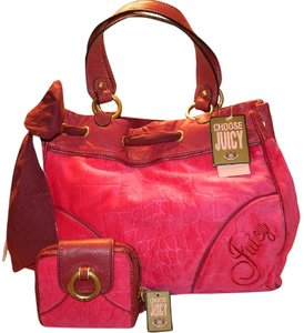 Juicy Couture New With Tags Coach Wallet Set Daydreamer Tote in Vivid Pink/Rust Red/Gold/Brass