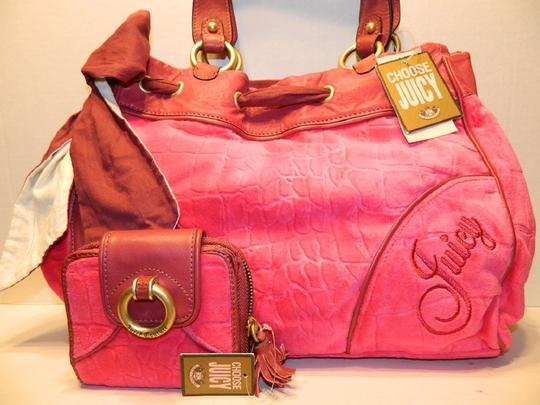 Juicy Couture New With Tags Coach Wallet Set Daydreamer Tote in Vivid Pink/Rust Red/Gold/Brass Image 1
