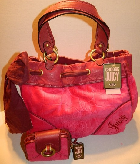 Juicy Couture New With Tags Coach Wallet Set Daydreamer Tote in Vivid Pink/Rust Red/Gold/Brass Image 4