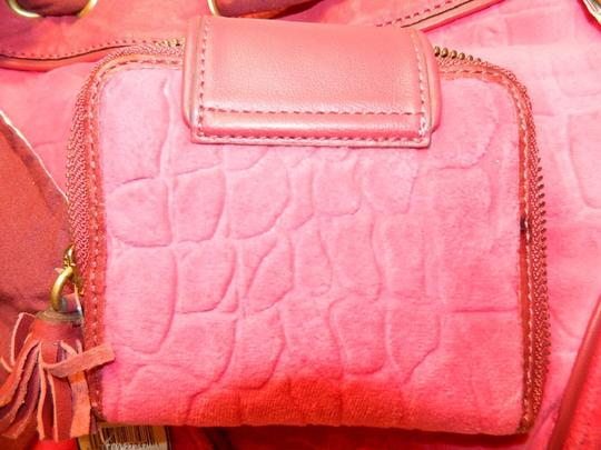 Juicy Couture New With Tags Coach Wallet Set Daydreamer Tote in Vivid Pink/Rust Red/Gold/Brass Image 8