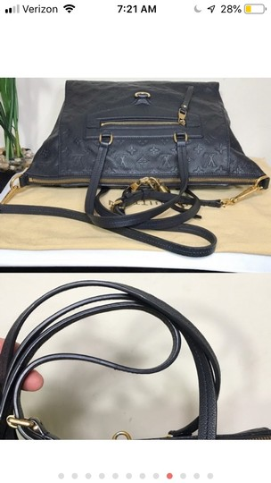 Louis Vuitton Tote in Navy blue Image 10