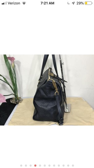 Louis Vuitton Tote in Navy blue Image 3