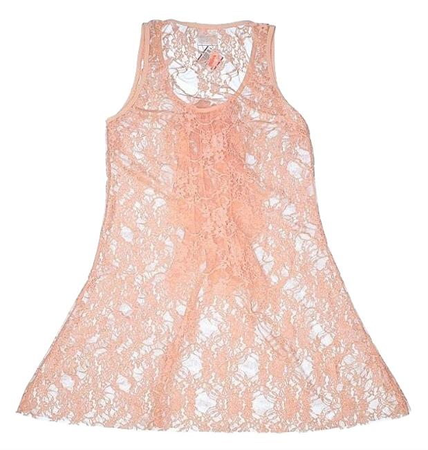 Preload https://img-static.tradesy.com/item/25170334/poof-apparel-peach-stretchable-lace-tunic-tank-topcami-size-10-m-0-1-650-650.jpg