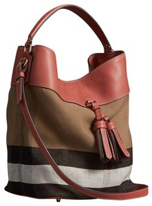 2669d0f97 Burberry Ashby Bags - Up to 70% off at Tradesy