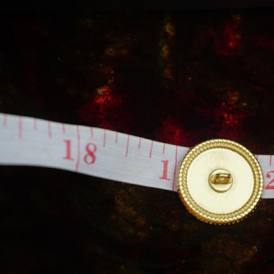 Chanel buttons 9 pieces 0,8 inch 20 mm gold tone logo CC 100% Authentic Chanel Buttons 9 pieces logo CC 20 mm 0,8 inch Image 9