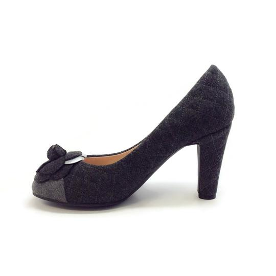 Chanel Charcoal Grey Quilted Flannel Pumps Image 2