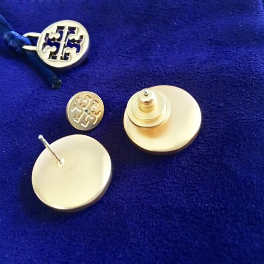 Tory Burch Ivory T Stud New Semi-precious Mother Of Pearl T-logo Earrings Image 2