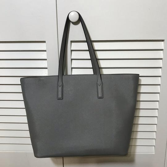 Marc by Marc Jacobs Tote in Grey Image 3