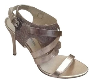 Vera Wang Lavender Label Strappy Italian Leather Evening Metallic Sandal Bootie Rose Gold (GLITTER) Formal