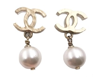 Chanel Chanel Gold Plated Hammered CC Faux Pearl Dangle Piercing Earrings