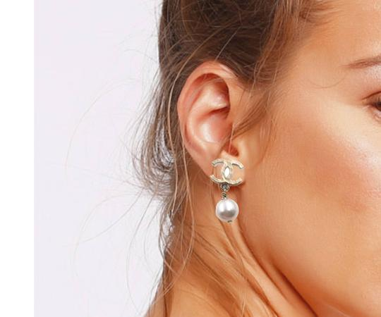 Chanel Chanel Gold Plated Hammered CC Faux Pearl Dangle Piercing Earrings Image 3