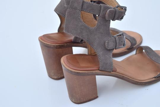 Dolce Vita taupe Sandals Image 3