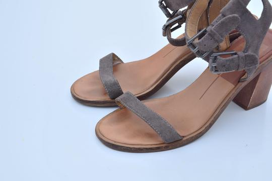 Dolce Vita taupe Sandals Image 4