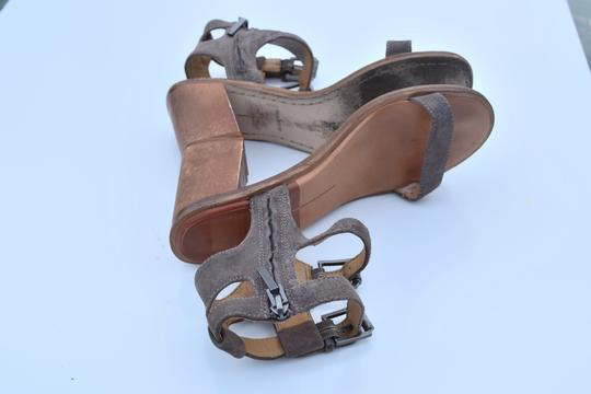 Dolce Vita taupe Sandals Image 6