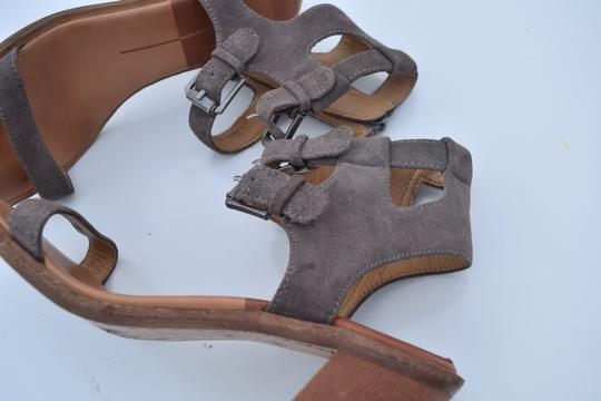 Dolce Vita taupe Sandals Image 9