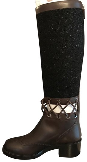 Preload https://img-static.tradesy.com/item/25172035/chanel-black-tweed-brown-leather-lace-knee-high-runway-bootsbooties-size-eu-39-approx-us-9-regular-m-0-1-540-540.jpg