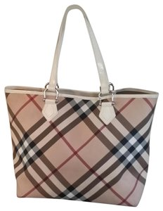 b2b493311e6 Burberry on Sale - Up to 70% off at Tradesy