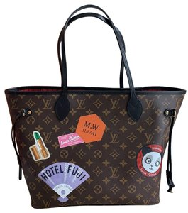 Louis Vuitton Tote in monogram black red