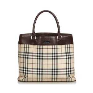 d925ab9d9e Burberry Nova Check Totes - Up to 70% off at Tradesy (Page 3)