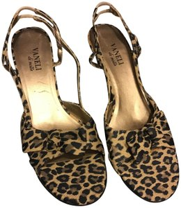 263eb751d436 Vaneli Boutique Sample Slingback Notted Bow Front Leopard Style Black
