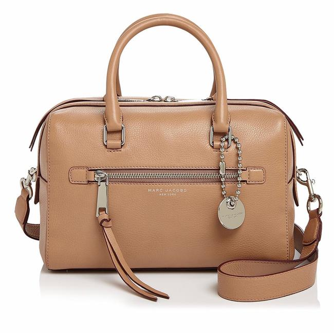 Item - Recruit Nude Leather Satchel