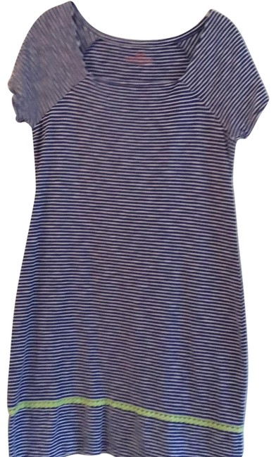 Vineyard Vines Blue/White Striped Short Casual Dress Size 6 (S) Vineyard Vines Blue/White Striped Short Casual Dress Size 6 (S) Image 1