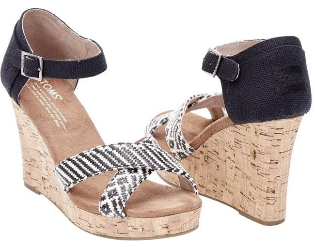 TOMS Strappy Wedges Size US 8.5 Regular (M, B) TOMS Strappy Wedges Size US 8.5 Regular (M, B) Image 1