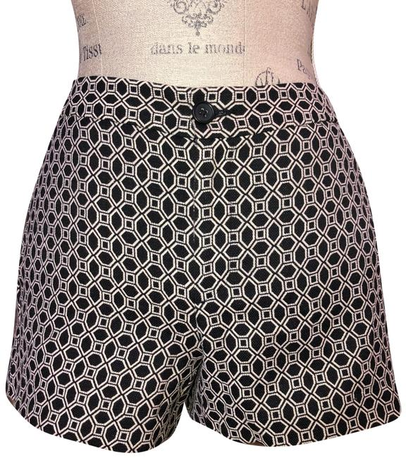 Item - Black White Hampton Fit Shorts Size 2 (XS, 26)