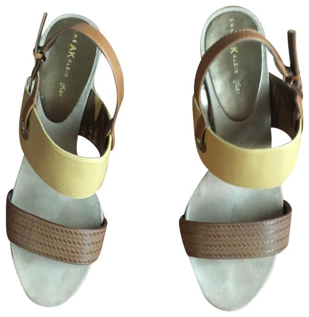 Item - Yellow and Brown Iflex Wedges Size US 10 Regular (M, B)