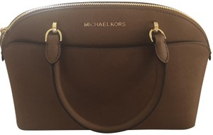 Michael Kors Bags on Sale - Up to 70% off at Tradesy 5d396f09e907f