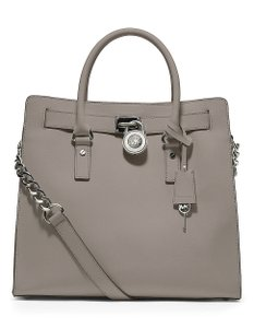Michael Kors Silver Light Ns Tall Tote in Pearl Grey