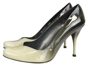 Stuart Weitzman Daisy Degrade Patent Leather grey Pumps
