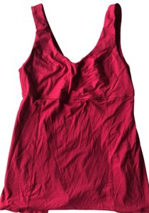 db77f1b0328 Lululemon Tanks on Sale - Up to 70% off at Tradesy (Page 22)