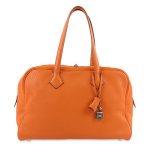 Hermès Tote Leather Satchel in Orange