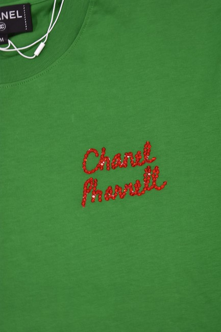 Chanel Chanelxpharrell Pharrell Collaboration Capsule Collection T Shirt Green Image 4