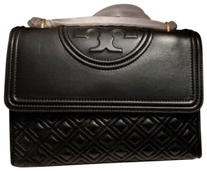 2feb6388fc2 Tory Burch Bags on Sale - Up to 70% off at Tradesy