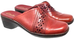Clarks S052418-35 Maroon Mules
