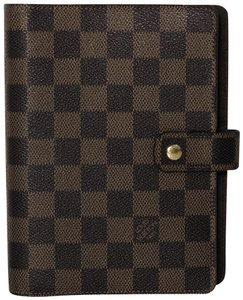 66c6f8d69606 Louis Vuitton Agendas - Up to 70% off at Tradesy (Page 5)