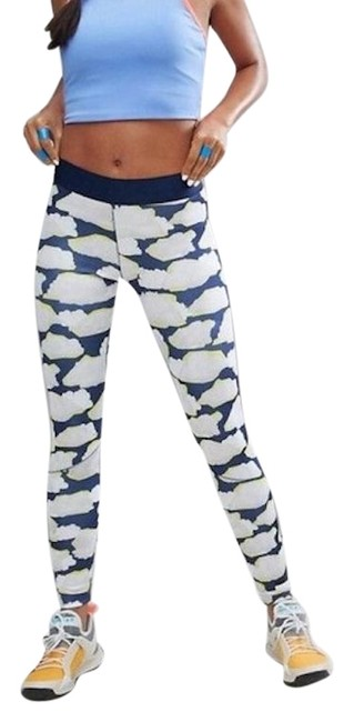 Item - Blue Run Seven-eight Running In Cloud Print Activewear Bottoms Size 2 (XS, 26)