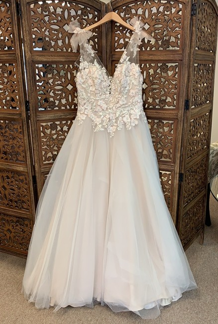 Item - Iv/Blsh/Gld Over Lt Champagne Tulle and Lace Farron Modern Wedding Dress Size 16 (XL, Plus 0x)