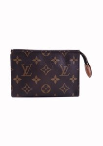 Louis Vuitton Pochette 15 Monogram Canvas Leather Toiletry Cosmetics Travel Dopp Bag