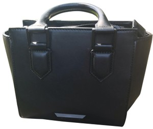 Kendall + Kylie Satchel in Black leather