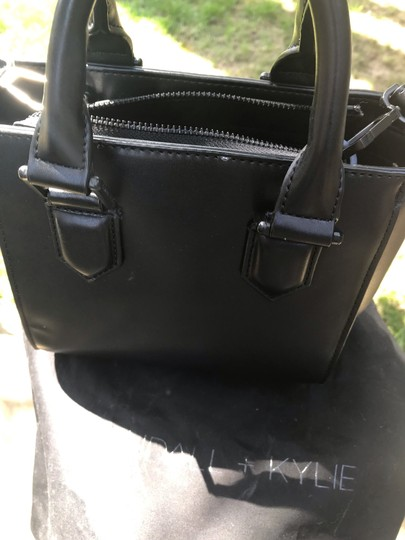 Kendall + Kylie Satchel in Black leather Image 5