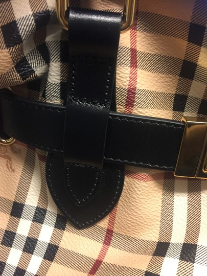 Burberry Tote in black Image 6