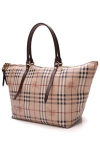 ca3143e40 Burberry Totes - Up to 70% off at Tradesy (Page 6)