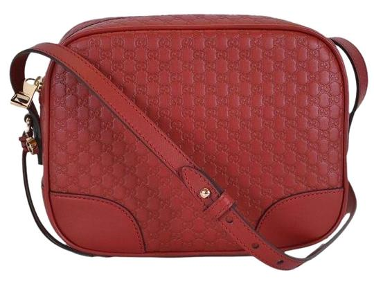 Preload https://img-static.tradesy.com/item/25184270/gucci-bree-leather-red-cross-body-bag-0-1-540-540.jpg