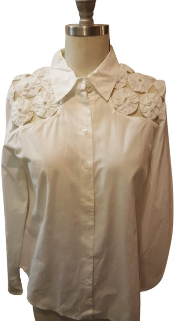 Preload https://img-static.tradesy.com/item/25184524/anne-fontaine-white-jeannie-blouse-size-8-m-0-1-650-650.jpg